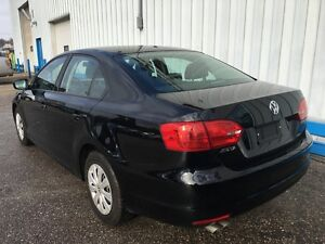 2013 Volkswagen Jetta Trendline *HEATED SEATS* Kitchener / Waterloo Kitchener Area image 3