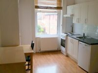 four bedsits in one house near Wood Green station to rent!