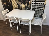 Table with 4 chairs set