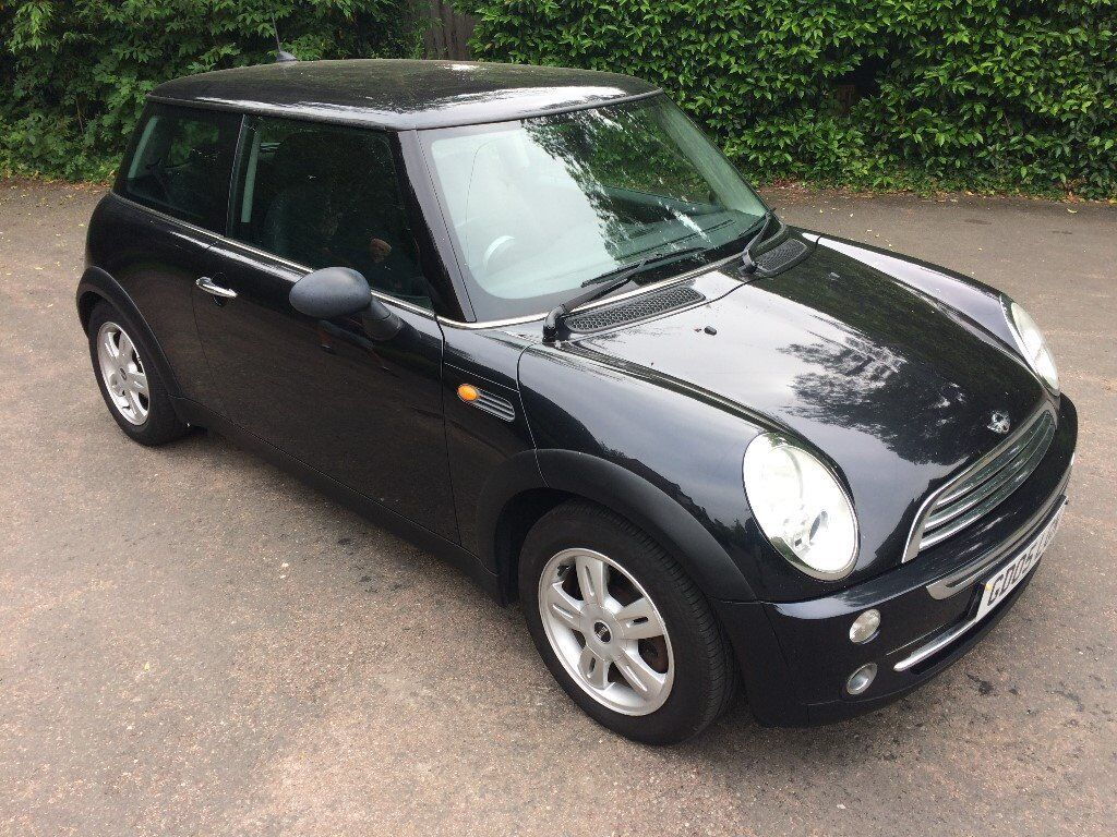 MINI ONE BLACK CHILLI PACK 2005 one owner from new MY BEAUTIFUL LITTLE MINI :-(