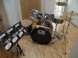 CB 5 piece drum kit