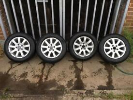 15 mk5 Golf alloy wheels with tyres