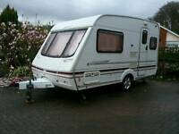 SWIFT CHALLENGER 400 SE 2001 CARAVAN WITH KAMPA AIR PORCH AWNING