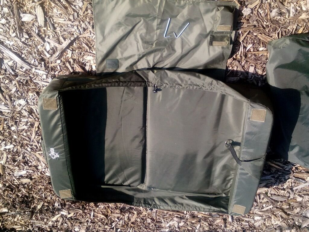 Carp used Nash Kaptive Mat with Bag