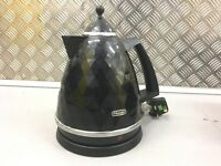 Delonghi kettle and toaster black