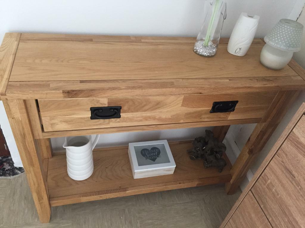 Hallway tablein Larne, County AntrimGumtree - Great condition, good solid unit with drawer. No room anymore so selling. Bought for £150 will take £85 ono