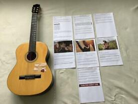 BEAUTIFUL CLASSICAL GUITAR- LOVELY TONE - HIGH GLOSS WITH NEW PLECTRUM