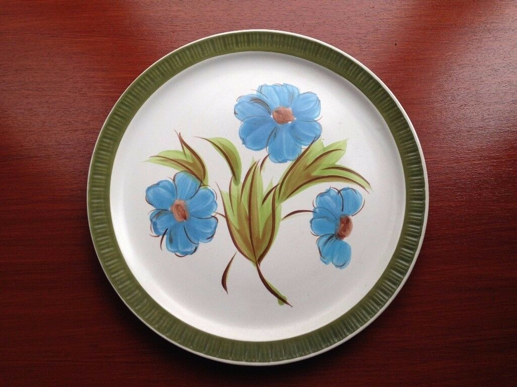 Japanese Hand Painted 'Casual Stone' Decorative Plate