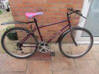 mens dawes mountain bike 17 inch frame with bike lock £49.00