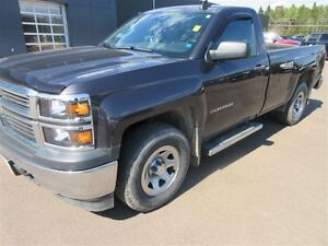 2015 Chevrolet Silverado 1500 WT! 4x4! HITCH! ONLY 25K! SAVE!