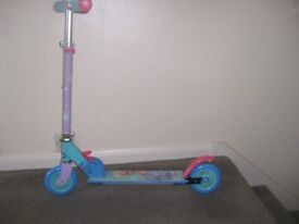 Childs folding 2 wheel scooter