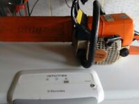 Stihl 025 petrol chainsaw with safty brake and chain guard pull cord need looking at it will return