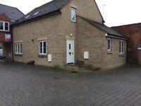 2 Bedroom Ground Floor Flat - Stratton St. Margaret, Swindon