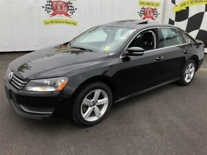 2015 Volkswagen Passat Comfortline, Auto, Leather, Sunroof, 48,0