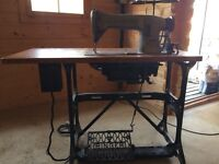 Singer industrial sewing machine, very good for upholstery or heavy curtain work