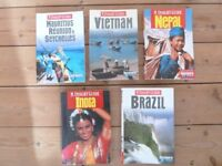 +++ TRAVEL GUIDES +++