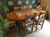 Antique Pine pedestal legs table & 6 chairs, excellent condition, easily seats 8 people