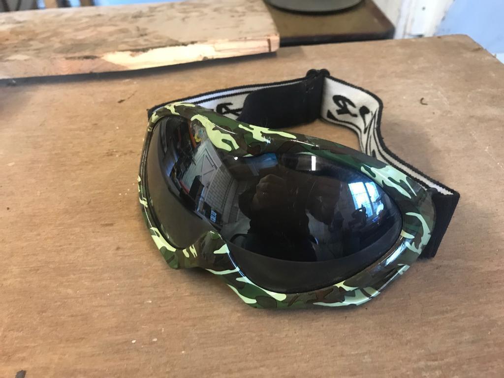 Adults Rayzor ski / snowboard goggles