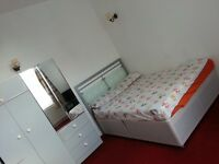 Double Room To Let big size