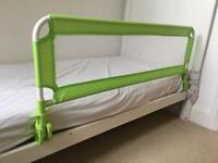 Green bed guard by TecTake