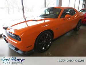 2014 Dodge Challenger SRT 6.4 L - SUNROOF/NAV