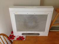 Working white extractor fan