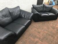 Tidy. 2x21/2 Black. Leather. Sofas
