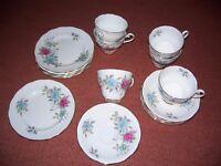Pretty Charteris Roslyn Fine Bone China Teaset -Made in England -6 cups/saucers/small tea plates