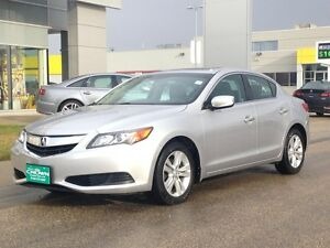 2013 Acura ILX, Heated seats, Moon Roof, Blue Tooth, AUX, USB p