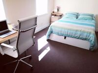 SUPER NICE LARGE DOUBLE ROOM (to rent between 11 Sep to 5 Oct) use of Kitchen, bathroom and garden.