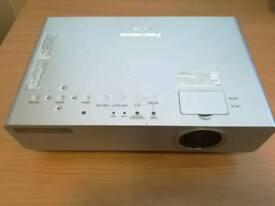 Projector PT-90 Panasonic