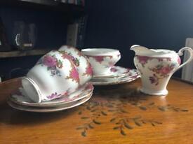 Aynsley China - 37 piece Tea set
