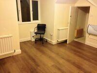 Converted 2nd Floor Large Studio Flat Open Kitchen ShowerWC GardensIncludesBills VeryNearBRBusShops