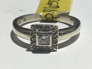 #112 9K LADIES BEZEL SET PRINCESS CUT DIAMOND RING *SIZE 6* **JUST BACK FROM APPRAISAL AT $1850 SELLING FOR ONLY $650**