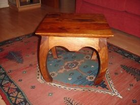 BEAUTIFUL SMALL SQUARE COFFEE TABLE