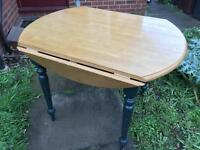 Nice sturdy table for free