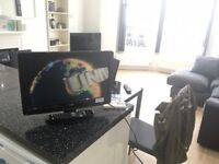 """**19"""" TV IN NEARLY NEW CONDITION WITH INTEGRATED DVD AND FREEVIEW**"""