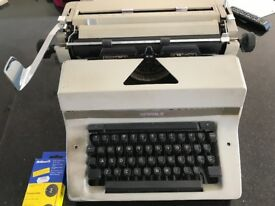 Vintage Imperial 80 Manual Typewriter