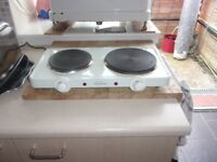 SMALL TWO RING ELECTRIC COOKER....