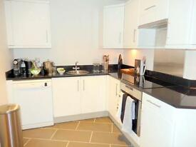 3 bedroom flat in Harrington Road, South Kensington