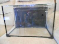 Self Contained Very Attractive Small Aquarium / Fish Tank