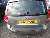 VOLVO V50 2006 2.0 DIESEL BREAKING SOME PARTS FIT S40 AS WELL. LEATHER INTERIOR. CYLINDER HEAD