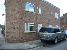 One bedroom ground floor apartment, Clifton Rd East, close to Tuebrook
