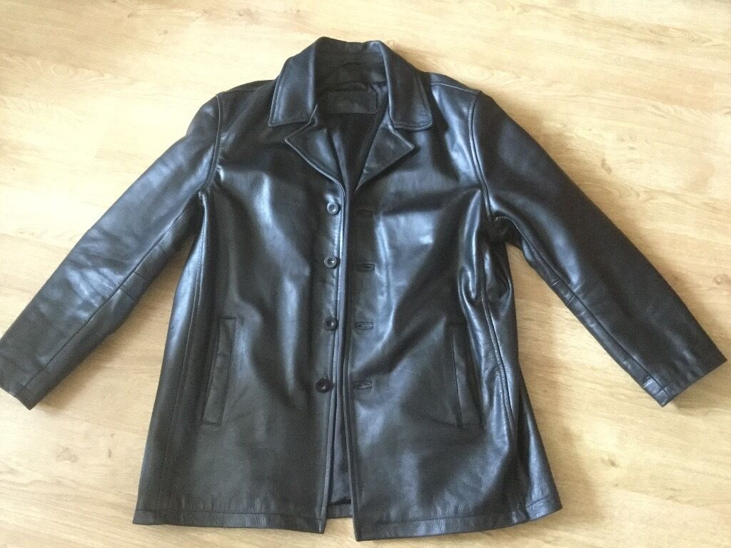 Leather jackets both as new extra largein Southampton, HampshireGumtree - Two leather jackets one black and one brown both as new, Excellent quality purchased in London For £ 500 pounds, Bargain at £150 each or £200 the pair
