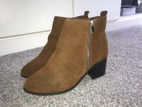 Ladies widefit ankle boots