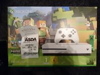 ALmost new Xbox One S 500 GB