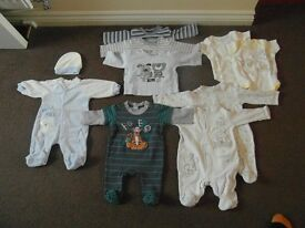 TINY BABY BOY BUNDLE CLOTHE IN GREAT CONDITION