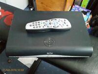 SKY PLUS + HD BOX -500GB- SKY AMSTRAD DRX890 MITCHAM £25