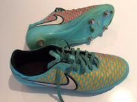 NIKE MAGISTA FOOTBALL BOOTS ADULT SIZE 5