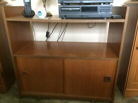 Wooden Hi-Fi Cabinet
